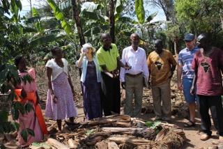 Kajo-Keji farmers learn about pests, good and bad!