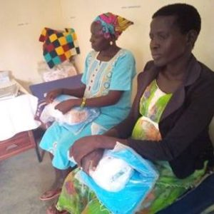 Mothers receive Mama kits